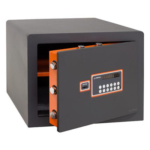 PLUS-C-180050-OPEN-600x600
