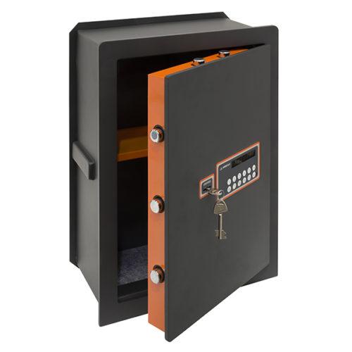 PLUS-C-181080-OPEN1